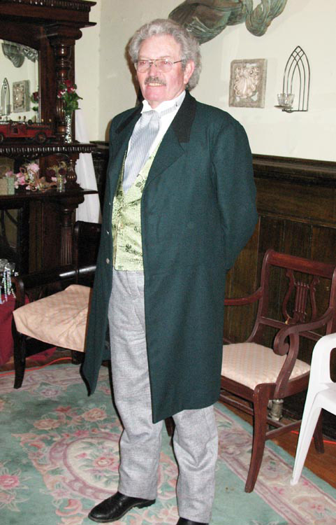 Green wool sack suit, trousers and brocade waistcoat